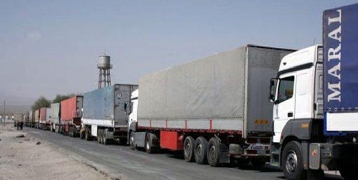 صادرات ۱۸۳ میلیون دلار کالا از مرز مهران به کشور عراق