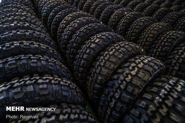 توزیع بیش از ۳۹۰۰ حلقه لاستیک بین رانندگان استان ایلام