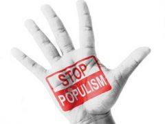 مردم استان ایلام  از پوپولیسم خسته شده اند/ خانم نماینده به بساط تعذیه و استراحت دیگران چکار دارید؟! به فکر کار ریشه ای و اصولی باشید