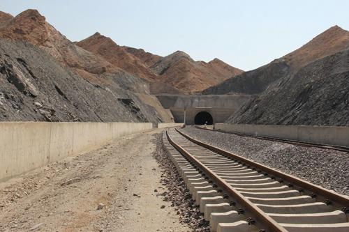 فاز اول طرح راه آهن ایلام ۱۱۰ میلیارد تومان اعتبار نیاز دارد